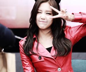 korean, idole, and hyejeong image