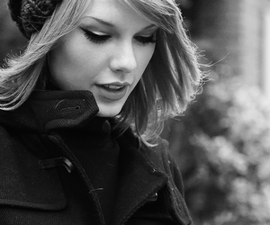 Taylor Swift, black and white, and taylor image