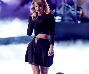Taylor Swift, singer, and Swift image