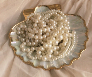 pearls, mermaid, and vintage image