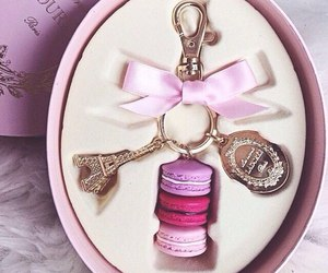 pink, eiffel tower, and girly image