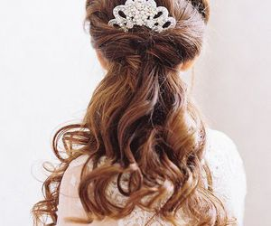 hair, hairstyle, and lovely image