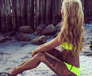 beach, blonde, and body image