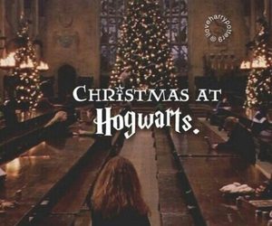 hogwarts, christmas, and harry potter image