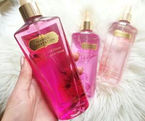 pink, makeup, and Victoria's Secret image