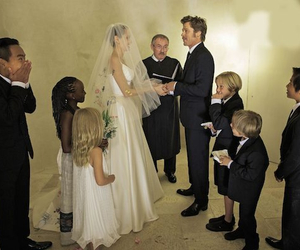 Angelina Jolie, brad pitt, and wedding image
