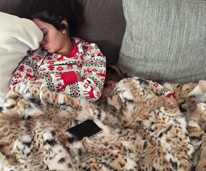 kendall jenner, christmas, and sleep image