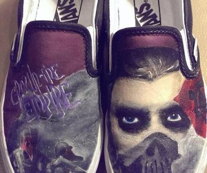 resistance, vans, and crowntheempire image