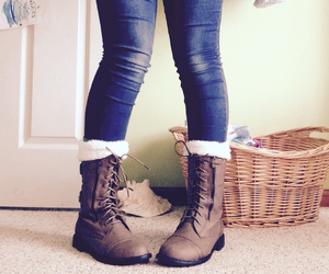 boots, combat boots, and grunge image
