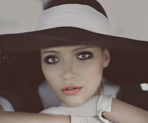 girl, hat, and makeup image