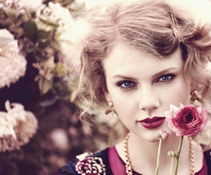 Taylor Swift, flowers, and Teen Vogue image