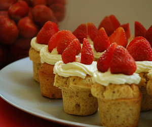 cupcake, food, and muffin image