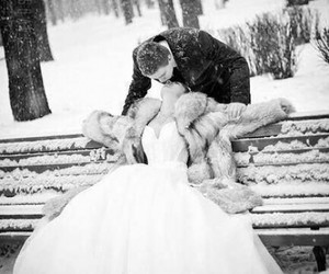 love, winter, and kiss image