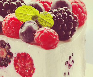berries, sweet, and cake image