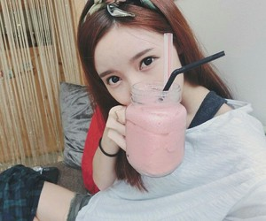 girl, korea, and smoothies image