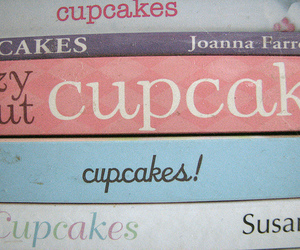 cupcake and book image