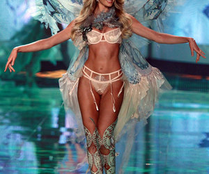 candice swanepoel and Victoria's Secret image