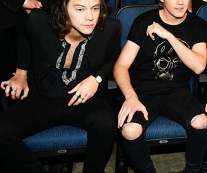 Harry Styles, niall horan, and 1d image
