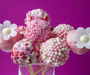 sweet and cake pops image