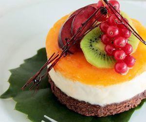 cake, cheesecake, and fruit image