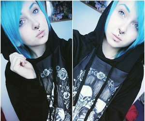 alt girl, grunge, and blue hair image