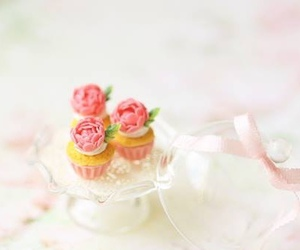 Cookies, pastel, and cupcakes image