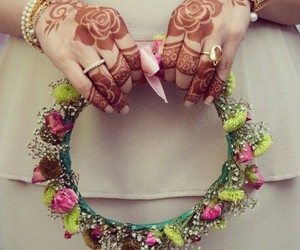 henna, floral headband, and بنات image