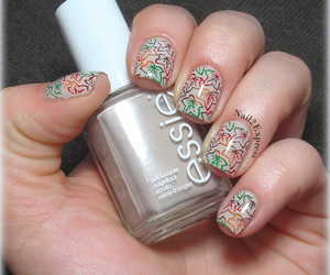 manicure, essie, and notd image