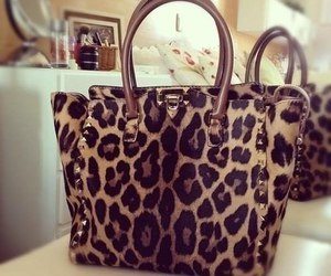 bag and leopard image