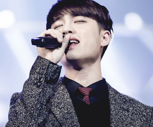 d.o, exo, and sing image