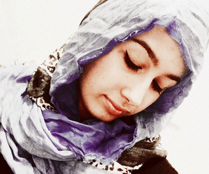 girl, muslim, and lovely image