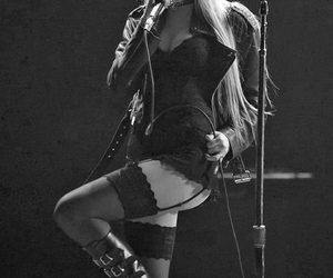 Taylor Momsen, the pretty reckless, and sexy image