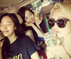 snsd, hyoyeon, and tiffany hwang image
