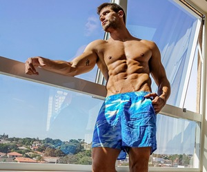 abs, hunk, and Sunny image