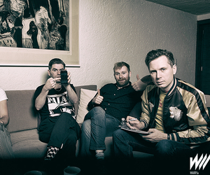 alex kapranos, paul thomson, and franz ferdinand image