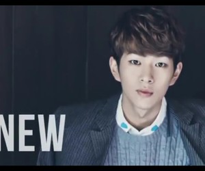 SHINee and Onew image