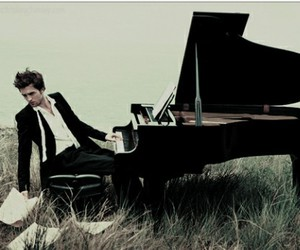 robert pattinson, piano, and robert image