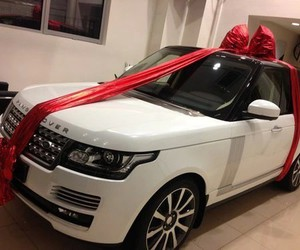 luxury, ranger rover, and expensive cars image
