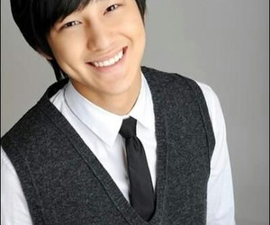boys before flowers, kim sang bum, and kim bum image