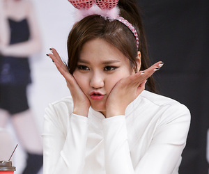 asian girls, k-pop, and korean girls image