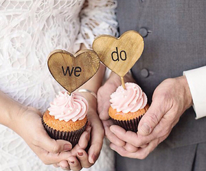 love, couple, and cupcake image