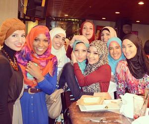 dress, muslim, and hijeb image