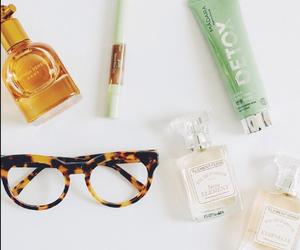 glasse, parfum, and lunette image