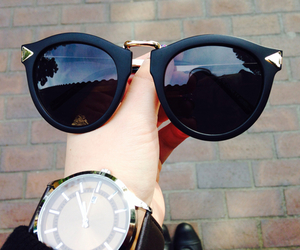 sunglasses, outfit, and glasses image