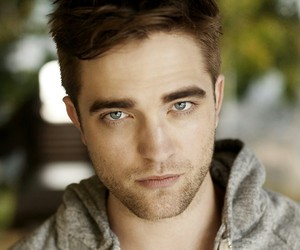 robert pattinson, twilight, and robert image