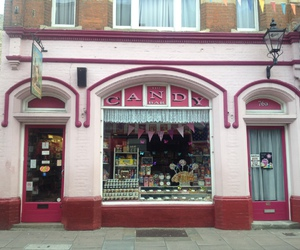candy, candy shop, and uk image