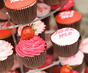 cupcake, pink, and strawberry image