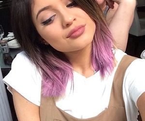 shorthair, kyliejenner, and pinkhair image