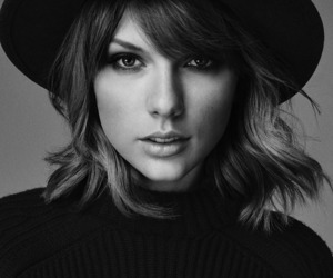 magazine and Taylor Swift image