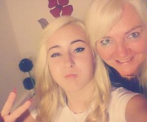 family, selfie, and mum image